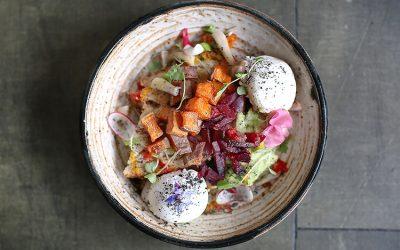 eggs, vegetables, salad, Brighton, Lucky Beach, seafront, beach, cafe, lunch