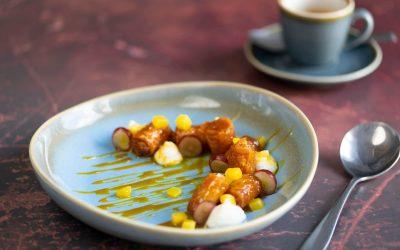 Crispy filo rolls with mastiha cream & mango-caramel-rum salsa. Vegan